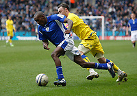 Photo: Steve Bond/Richard Lane Photography. Leicester City v Cardiff City. Coca Cola Championship. 13/03/2010. Lloyd Dyer (L) outpaces Darcy Blake