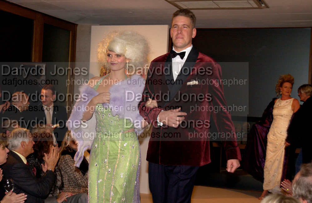 Arabella  Tobias ( Zamoyski) and Olympic sailor  Steve Mitchell, Chester Bonham couture fashion show. Park Lane. 15 November 2004. ONE TIME USE ONLY - DO NOT ARCHIVE  © Copyright Photograph by Dafydd Jones 66 Stockwell Park Rd. London SW9 0DA Tel 020 7733 0108 www.dafjones.com