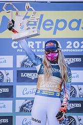 15.02.2021, Cortina, ITA, FIS Weltmeisterschaften Ski Alpin, Alpine Kombination, Herren, Siegerehrung, im Bild Goldmedaillen Gewinnerin und Weltmeisterin Mikaela Shiffrin (USA) // Gold Medalist and World Champion Mikaela Shiffrin of the USA during the winner ceremony for the women's alpine combined of FIS Alpine Ski World Championships 2021 in Cortina, Italy on 2021/02/15. EXPA Pictures © 2021, PhotoCredit: EXPA/ Johann Groder