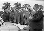 1962 - Irish Cider and Perry Company Salesmen arrive at Dublin Airport