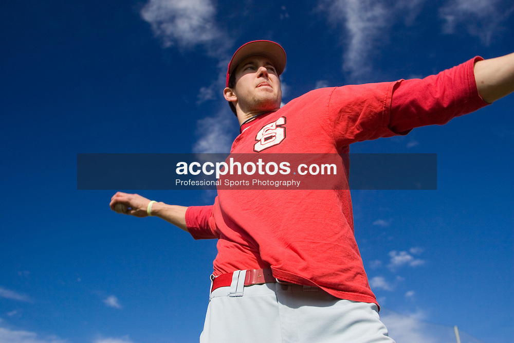 04 February 2007: North Carolina State Wolfpack RHP Andrew Brackman (40) warms-up before a practice at Doak Field in Raleigh, NC.
