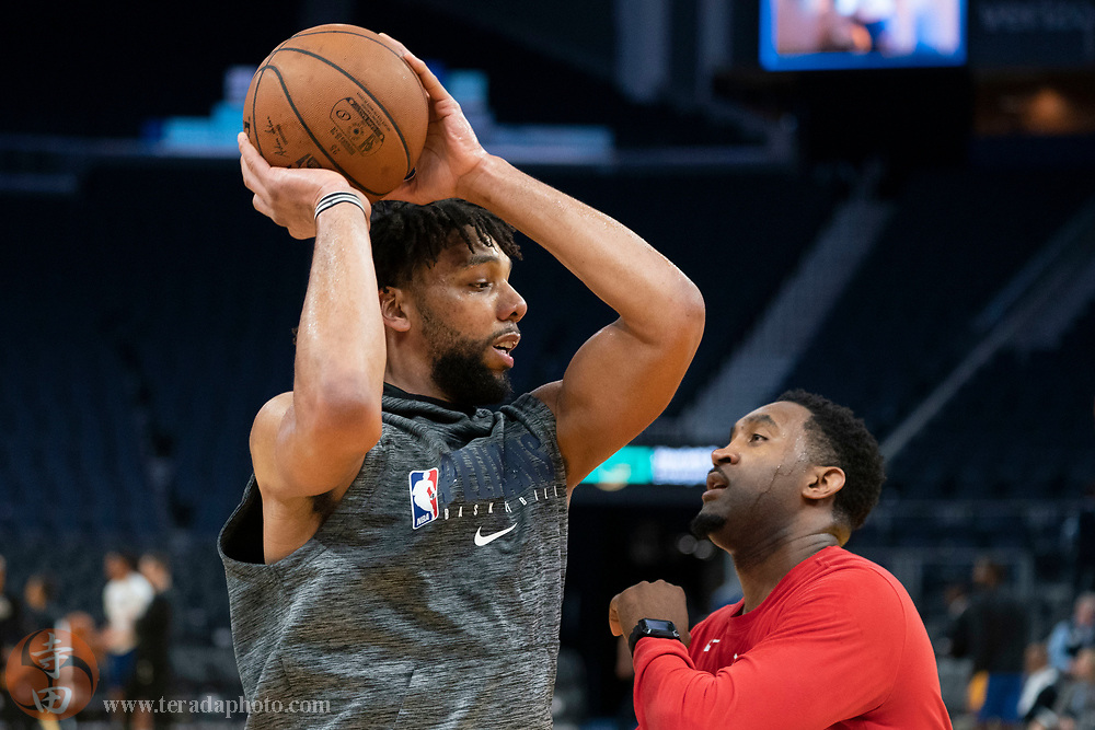 February 23, 2020; San Francisco, California, USA; New Orleans Pelicans center Jahlil Okafor (9) warms up before the game against the Golden State Warriors at Chase Center.