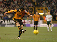 Fotball<br /> England 2004/2005<br /> Foto: SBI/Digitalsport<br /> NORWAY ONLY<br /> <br /> 01/01/2005<br /> <br /> Wolverhampton Wanderers v Plymouth Argyle<br /> <br /> Seol Ki-Hyeon gives Wolves a 1-0 first half lead.