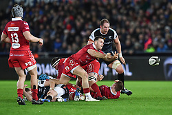 Gareth Davies of Scarlets<br /> <br /> Photographer Craig Thomas/Replay Images<br /> <br /> Guinness PRO14 Round 11 - Ospreys v Scarlets - Saturday 22nd December 2018 - Liberty Stadium - Swansea<br /> <br /> World Copyright © Replay Images . All rights reserved. info@replayimages.co.uk - http://replayimages.co.uk