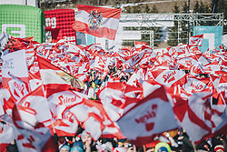 15.02.2020, Kulm, Bad Mitterndorf, AUT, FIS Ski Flug Weltcup, Kulm, Herren, im Bild Fans // Fans during his Jump for the men's FIS Ski Flying World Cup at the Kulm in Bad Mitterndorf, Austria on 2020/02/15. EXPA Pictures © 2020, PhotoCredit: EXPA/ Dominik Angerer
