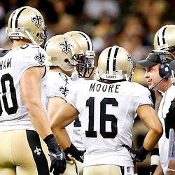 Sep 22, 2013; New Orleans, LA, USA; New Orleans Saints head coach Sean Payton talks with his team during a game against the Arizona Cardinals at Mercedes-Benz Superdome. The Saints defeated the Cardinals 31-7. Mandatory Credit: Derick E. Hingle-USA TODAY Sports