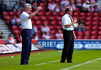 Photo: Alan Crowhurst.<br /> Southampton v Norwich City. Coca Cola Championship.<br /> 20/08/2005. Nigel Worthington (L) and Harry Redknapp give the managers orders out.