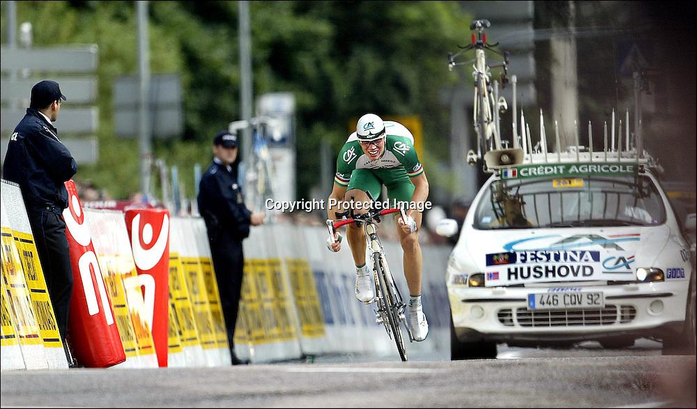 Luxembourg 6.7.02 Tour de France Prologen..Thor Hushovd i innspurten av prologen i Luxembourg. Tour de France...Foto: Daniel Sannum Lauten/Dagbladet *** Local Caption *** Hushovd,Thor