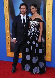 Matthew McConaughey, Camila Alves bei der Premiere von Sing in Los Angeles / 031216