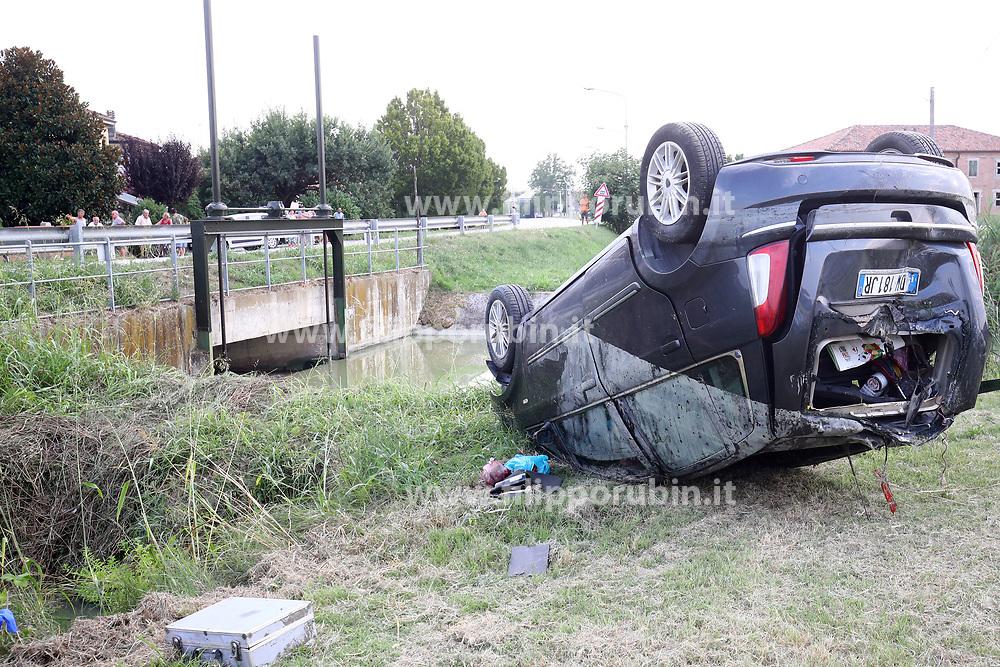 INCIDENTE MORTALE ANNEGATI IN AUTO NEL CANALE A CONSANDOLO MORTI GIORGIO POZZATI E OLIVA ROSA MORTILLARO