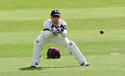 Somerset keeper Luke Ronchi receives the ball.  - Mandatory byline: Alex Davidson/JMP - 07966386802 - 12/09/2015 - CRICKET - The County Ground -Taunton,England - Somerset CCC v Hampshire CCC - Day 4