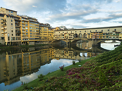 May 5, 2016 - Firenze, Toscana, Italy - Ponte Vecchio And Arno River; Florence, Toscana, Italy (Credit Image: © Keith Levit/Design Pics via ZUMA Wire)