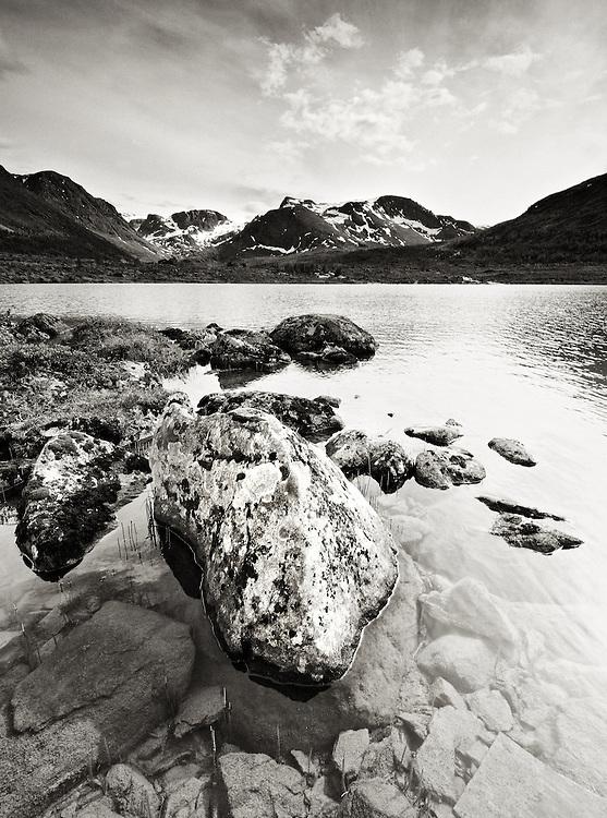 Norway - Langfjord glacier lake BW