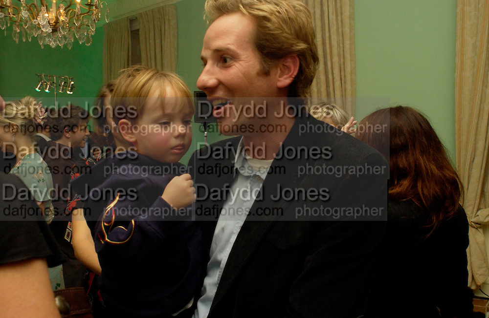 Gawaine Rainey and Elrod, Launch of 'Kids' by Mario Testino in aid of the Sargent Cancer Care For children, Dartmouth House, 20 October 2003. © Copyright Photograph by Dafydd Jones 66 Stockwell Park Rd. London SW9 0DA Tel 020 7733 0108 www.dafjones.com