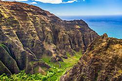 Nualolo Aina Valley, Na Pali Coast, Kauai, Hawaii, USA, Pacific Ocean