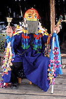 Mongolie. Centre d'initiation chamanique. Shaman. Chamane. Transe du chaman // Shaman in trance. Shamanisme initiation. Mongolia