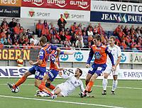 Fotball<br /> 21. September 2008<br /> Tippeligaen<br /> Aalesund - Vålerenga<br /> <br /> Jonatan tollås - aalesund<br /> Freddy dos santos - vålerenga <br /> haraldur gudmundson - aalesund<br /> <br /> <br /> Foto: Richard Brevik , Digitalsport