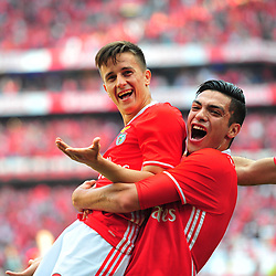 LISBON, May 14, 2017  Benfica's Franco (L) celebrates after scoring a goal with his teammate Raul Jimenez during the Portuguese League football match between SL Benfica and Vitoria Guimaraes SC in Lisbon on May 13, 2017. Benfica won 5-0. (Credit Image: © Zhang Liyun/Xinhua via ZUMA Wire)
