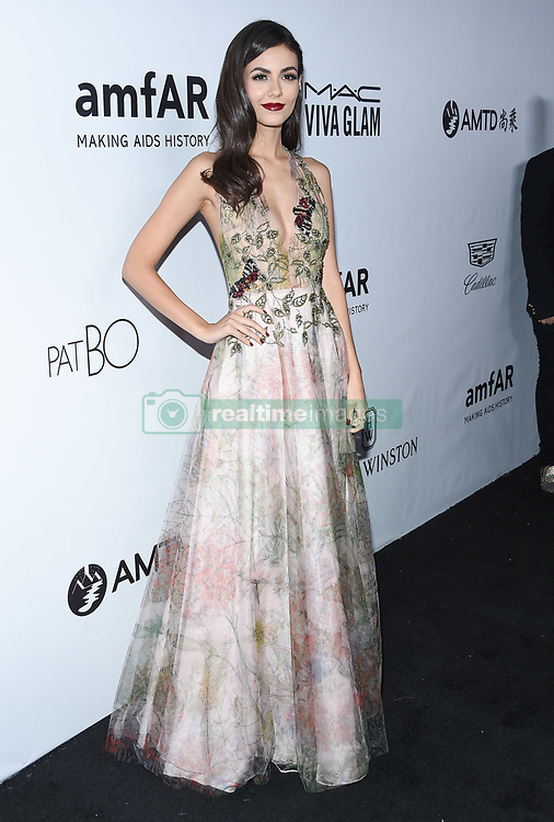 October 13, 2017 Beverly Hills, CA Patrick Starrr amfAR Gala Los Angeles honors Julia Roberts at their eighth annual benefit for AIDS research held at Green Acres Estate. 13 Oct 2017 Pictured: Victoria Justice. Photo credit: O'Connor/AFF-USA.com / MEGA TheMegaAgency.com +1 888 505 6342