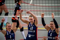02-02-2019 NED: Regio Zwolle Volleybal - Sliedrecht Sport, Zwolle<br /> Round 16 of Eredivisie volleyball - Sliedrecht win the match 3-2 / Christie Wolt #1 of Sliedrecht Sport, Denise de Kant #12 of Sliedrecht Sport, Brechje Kraaijvanger #2 of Sliedrecht Sport