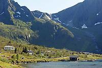 Sykkel<br /> Artic Race 2015<br /> Foto: imago/Digitalsport<br /> NORWAY ONLY<br /> <br /> Das Fahrerfeld Peloton im staendigen Auf und Ab durch die Fjorde und Region der Lofoten - Landschaft - Landscape - Feature - Natur - Hintergrund - Illustration - Impression - Uebersichtsbild - kompaktes Fahrerfeld - Aktion - Rennszene - Querformat - quer - horizontal - Event / Veranstaltung: 3. Arctic Race of Norway 2015 - Stage 3 / 3.Etappe: Senja nach Malselv 175.0km - Location / Ort: Malselv - Troms - Norway - Norwegen - Europe - Europa - Date / Datum: 15.08.2015