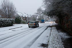 © under license to London News Pictures. Snow arrives in Purley, Croydon Early December 2012..Photo credit should read IAN SCHOFIELD/LNP