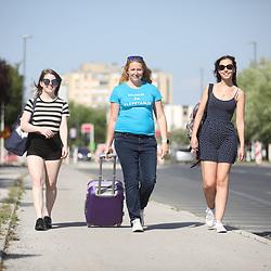 20210629: SLO, People - Foreign language school Jezikovno mesto_