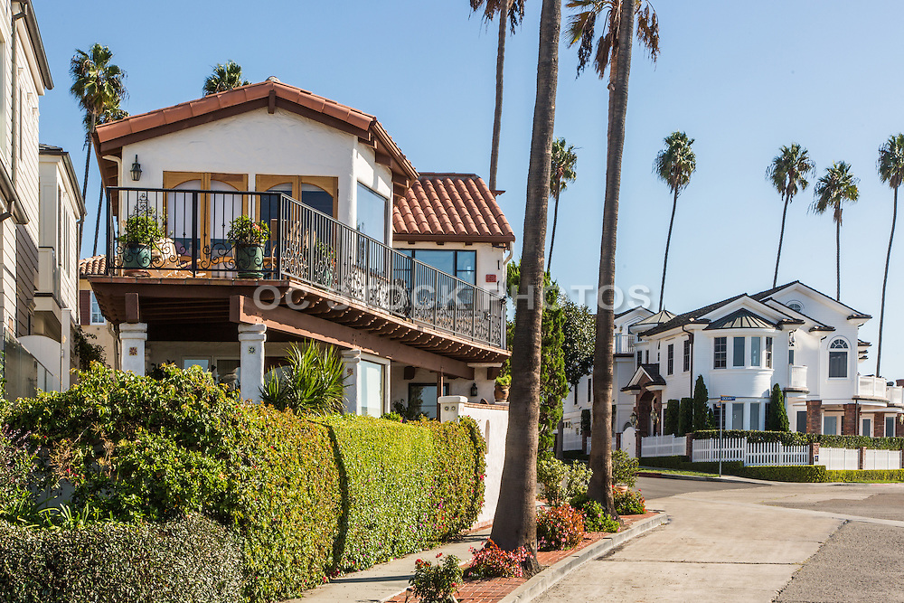Ocean View Homes on Fernleaf Ave in Corona Del Mar California