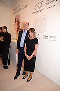 DAVID CICLITARA; CERENELLA CICLITARA; Korean Eye Dinner  hosted by The Dowager Viscountess Rothermere and Simon De Pury.Sponsored by CJ, Korean Food Globalization Team, Hino Consulting and Visit Korea Committee. Phillips de Pury Space, Saatchi Gallery.  Sloane Sq. London. 2 July 2009.