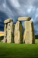 Stonehenge Neolithic ancient standing stone circle monument, Wilshire, England Stonehenge Neolithic ancient standing stone circle monument, A UNESCO World Heritage Site, Wilshire, England. Archaeologists believe Stonehenge was constructed from 3000 BC to 2000 BC. The surrounding circular earth bank and ditch, which constitute the earliest phase of the monument, have been dated to about 3100 BC. One of the most famous landmarks in the United Kingdom, Stonehenge is regarded as a British cultural icon.'<br /> <br /> Visit our PREHISTORIC PLACES PHOTO COLLECTIONS for more  photos to download or buy as prints https://funkystock.photoshelter.com/gallery-collection/Prehistoric-Neolithic-Sites-Art-Artefacts-Pictures-Photos/C0000tfxw63zrUT4