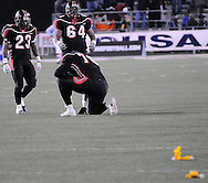 A penalty near the line of scrimmage nullified a Glenville touchdown.  (Photo by David Richard/Ohiosportshooters.com)