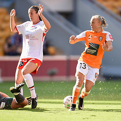 BRISBANE, AUSTRALIA - NOVEMBER 17: Eliza Campbell of Adelaide saves the shot on goal from Tameka Butt of the Roar during the round 4 Westfield W-League match between the Brisbane Roar and Adelaide United at Suncorp Stadium on November 17, 2017 in Brisbane, Australia. (Photo by Patrick Kearney / Brisbane Roar)