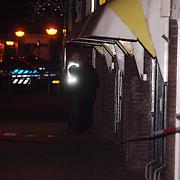 NLD/Huizen/20080108 - Verdacht pakketje gevonden Oostkade Huizen,