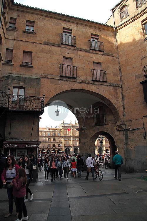 ARco e acceso a la Plaza Mayor. Salamanca<br />  ©Country Sessions / PILAR REVILLA