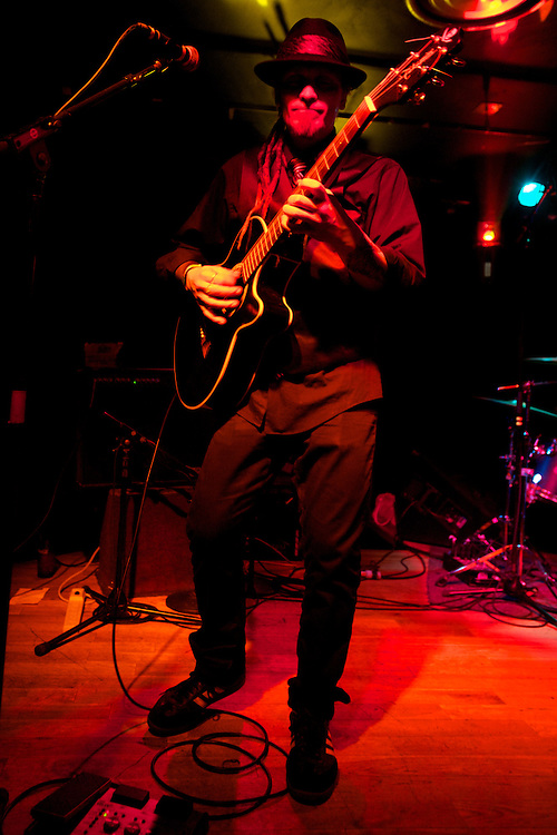 The band Sau I Dom plays at Nectar's on January 18, 2011 in Burlington, Vermont.  The band Sau I Drom plays at Nectar's on January 18, 2011 in Burlington, Vermont.