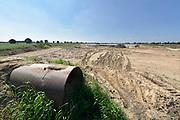 Nederland, Megen, 6-10-2018 Langs de Maas tussen Grave en Lith moeten nog belangrijke aanpassingen gedaan worden door Rijkswaterstaat om de rivier klaar te maken voor de toekomst . Het Deltaplan is nog in uitvoering en heet hier de meanderende maas .. Foto: Flip Franssen