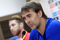 Spain's coach Julen Lopetegui (r) with Sergio Ramos in press conference before training session. October 5,2017.(ALTERPHOTOS/Acero)