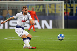 September 18, 2018 - Milan, Milan, Italy - Christian Eriksen #23 of Tottenham Hotspur in action during  the UEFA Champions League group B match between FC Internazionale and Tottenham Hotspur at Stadio Giuseppe Meazza on September 18, 2018 in Milan, Italy. (Credit Image: © Giuseppe Cottini/NurPhoto/ZUMA Press)