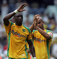 Photo: Paul Thomas.<br /> Leeds United v Norwich City. Coca Cola Championship.<br /> 05/08/2006.<br /> <br /> Dickson Ethuhu and Leon MacKenzie (R) thanks their travelling fans after loosing 1 - 0.