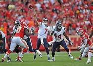 KANSAS CITY, MO - OCTOBER 20:  Quarterback Case Keenum #7 of the Houston Texans throws a 29-yard touchdown pass against the Kansas City Chiefs during the first half on October 20, 2013 at Arrowhead Stadium in Kansas City, Missouri.  (Photo by Peter Aiken/Getty Images) *** Local Caption *** Case Keenum