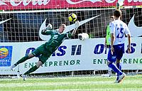 Fotball Herrer Tippeligaen 2010 <br /> Gamle gress  Marienlyst stadion 18.07.2010<br /> <br /> Strømsgodset vs FK Haugesund<br /> <br /> Resultat <br /> <br /> Foto: Robert Christensen Digitalsport<br /> <br /> FK Haugesund keepr med kjemperedning på strek og tverrligger Per Morten Kristiansen