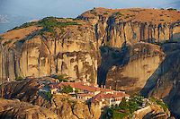 Grèce, Thessalie, Monastères des Météores, classés Patrimoine Mondial de l'UNESCO, le monastère de la Sainte-Trinité (Agia Triada) // Greece, Thessaly, Meteora, Uesco World Hertitage, Holy Trinity monastery (Agia Triada)