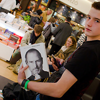 Premiere of the Steve Jobs biography written by Walter Isaacson published in Hungarian translation in Budapest, Hungary on November 28, 2011. ATTILA VOLGYI