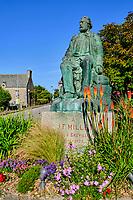 France, Manche (50), Cotentin, Cap de la Hague, Gréville-Hague, la statue du peintre Jean-François Millet // France, Normandy, Manche department, Cotentin, Cap de la Hague, Gréville-Hague, the statue of painter Jean-François Millet
