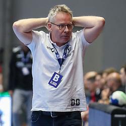 Handball, 31. Spieltag: MT Melsungen vs Die Eulen Ludwigshafen am 27.05.2021 in der Rothenbach-Halle in Kassel<br /> <br /> <br /> Trainer Gudmundur Gudmundsson (Melsungen) unzufrieden, enttäuscht, enttaeuscht, niedergeschlagen. beim Spiel in der Handball Bundesliga, MT Melsungen - Die Eulen Ludwigshafen.<br /> <br /> Foto © PIX-Sportfotos *** Foto ist honorarpflichtig! *** Auf Anfrage in hoeherer Qualitaet/Aufloesung. Belegexemplar erbeten. Veroeffentlichung ausschliesslich fuer journalistisch-publizistische Zwecke. For editorial use only.
