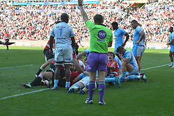 14-07-18 Johannesburg. Emirates Airlines Park. Emirates Lions vs Vodacom Blue Bulls.<br /> 1st half. Malcolm Max try under his forwards scores a try. Franco Mostert looks at the referee who confirms the try.<br /> Picture: Karen Sandison/African News Agency (ANA)