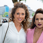 NLD/Amsterdam/20190520 - inloop Best of Broadway, Elize en vreidnin Odette