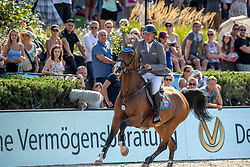 BEERBAUM, Ludger (GER), Cool Feeling<br /> Berlin - Global Jumping Berlin 2019<br /> CSI5* - LONGINES GLOBAL CHAMPIONS TOUR Grand Prix of Berlin - Stechen<br /> presented by TENNOR<br /> Wertungsprüfung zur Longines Global Champions Tour 2019 <br /> Springprüfung mit Stechen, international<br /> 27. Juli 2019<br /> © www.sportfotos-lafrentz.de/Stefan Lafrentz