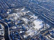 Nederland, Noord-Holland, Amsterdam, 13-02-2021; winter in Amsterdam, Oosterpark. Linksonder Mauritskade.<br /> <br /> luchtfoto (toeslag op standaard tarieven);<br /> aerial photo (additional fee required)<br /> copyright © 2021 foto/photo Siebe Swart