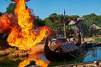 France, Vendée (85), Les Epesses, Parc du Puy du Fou, spectacle des vikings // France, Vendée, Les Epesses, Parc du Puy du Fou, the Viking show